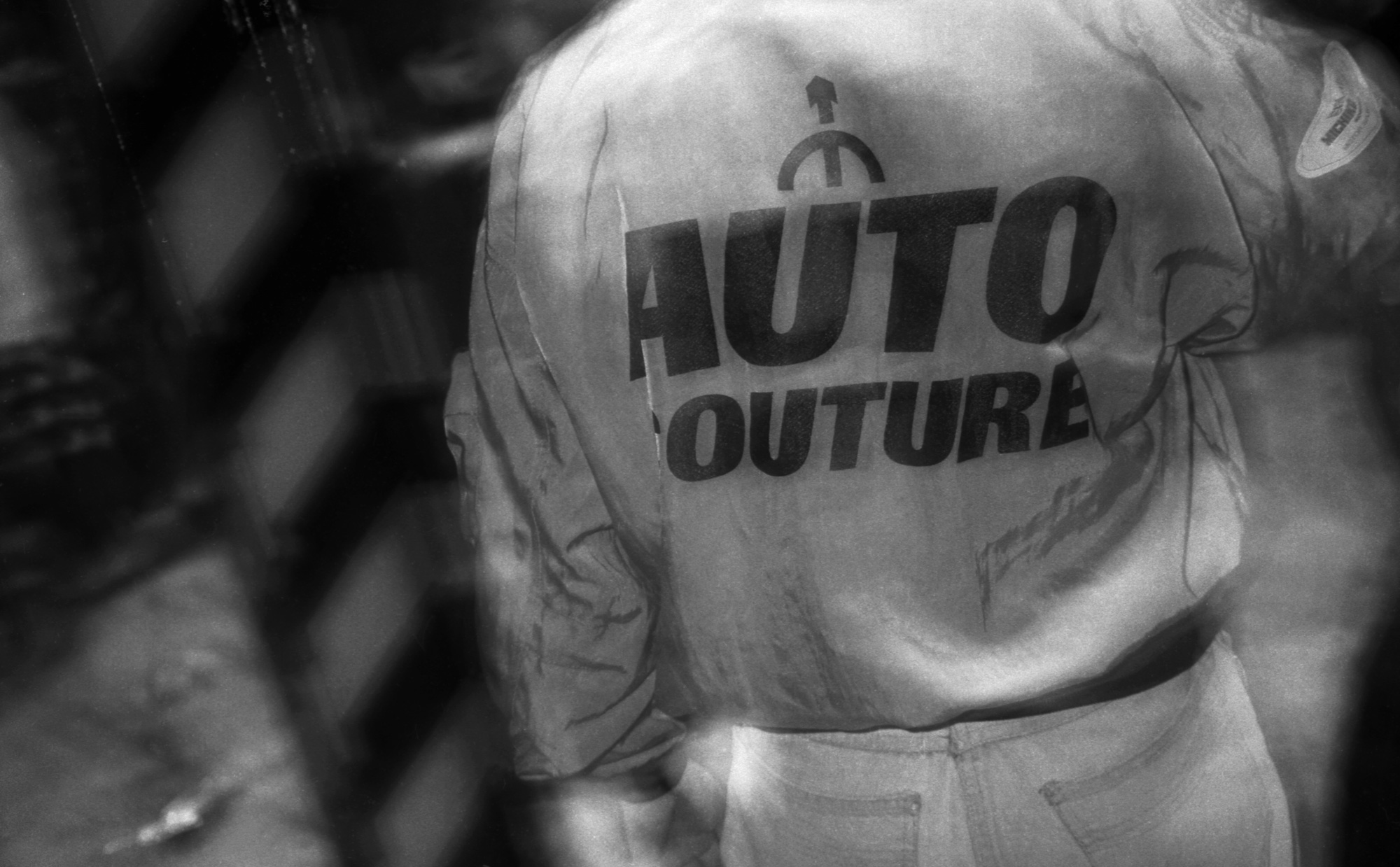 Peter J Walsh - Rave One - AUTO COUTURE Motor King by Michiko London jacket on the dancefloor.jpg
